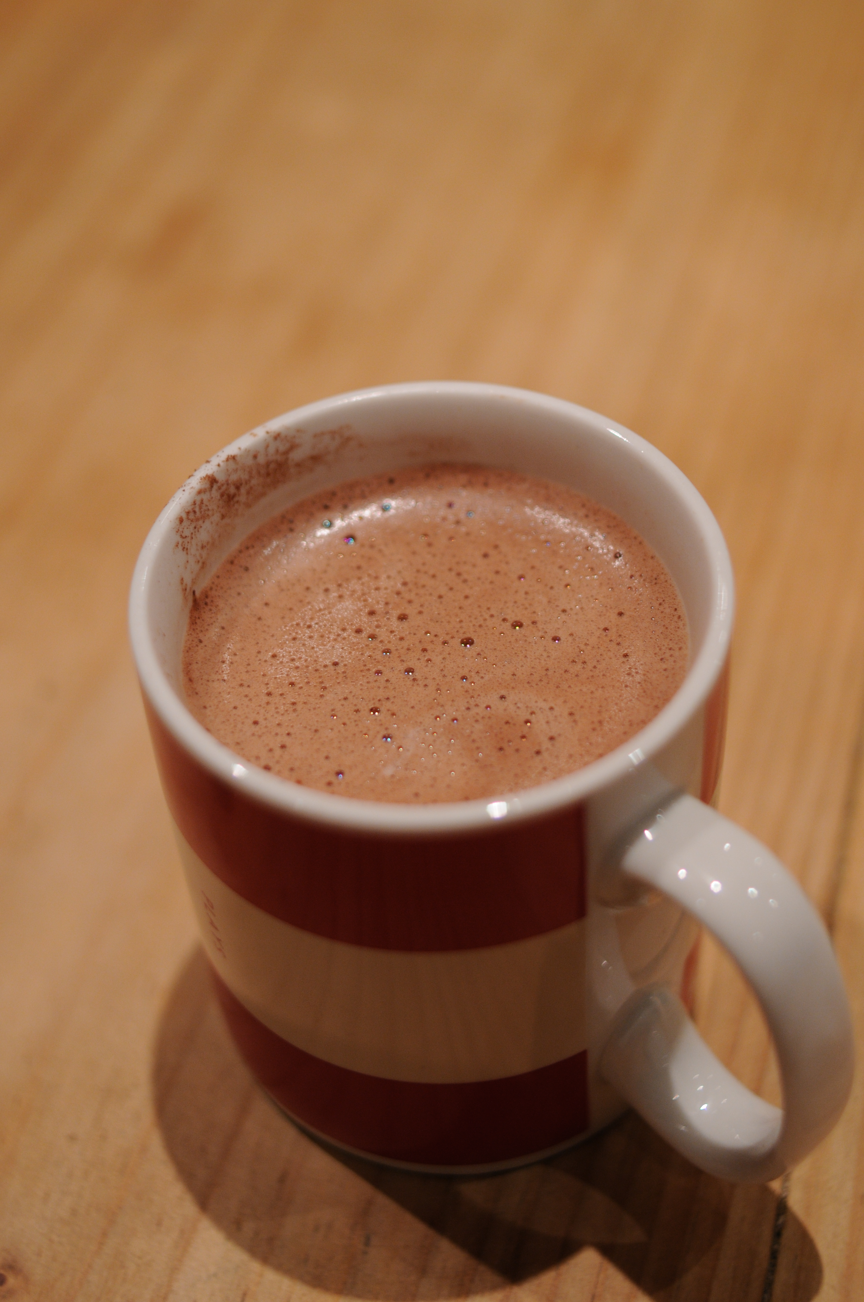 Ecomil – Sugar-free hot chocolate with hazelnut agave drink